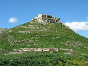 rocca del garagnone - di gianni pofi tratta da panoramio.com